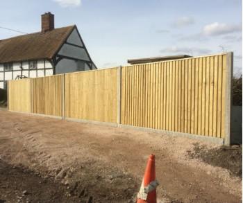 1.95m Concrete Closeboard per linear meter
