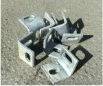 Angle cleat 38mm x 38mm for chainlink