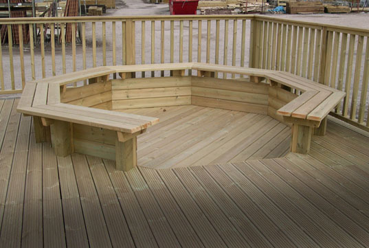 Decking: Smooth, grooved, softwood or hardwood
